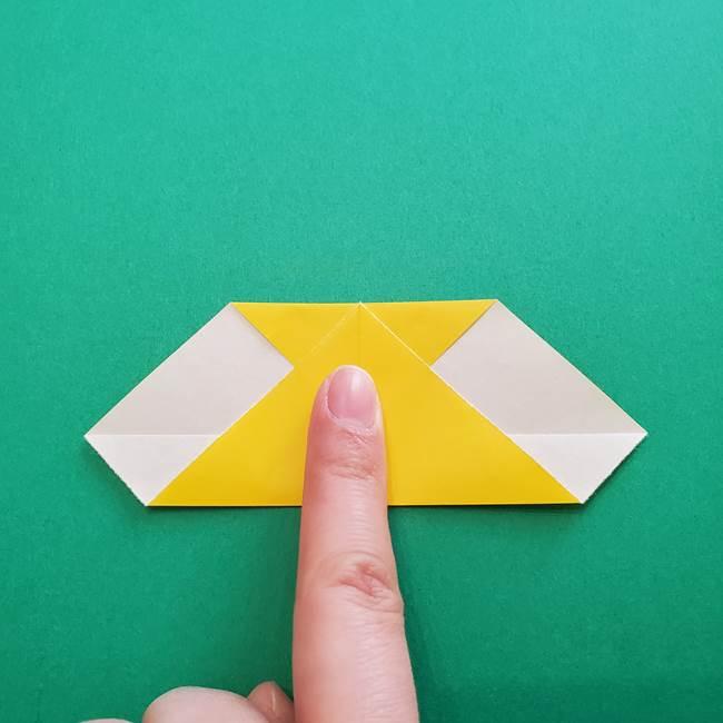 折り紙のダリア 16枚で立体的な折り方①上段(7)