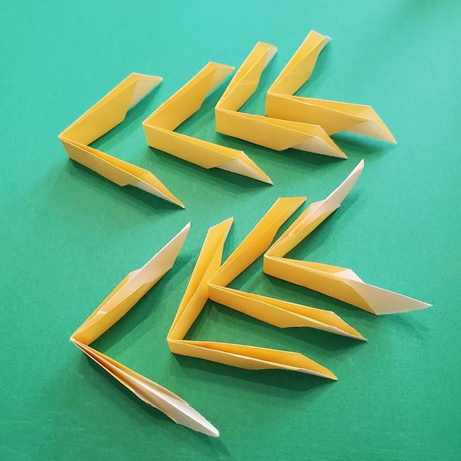 折り紙のダリア 16枚で立体的な折り方②下段(12)
