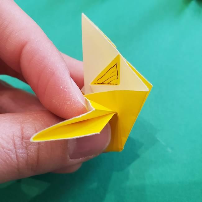 折り紙のダリア 16枚で立体的な折り方③完成(15)