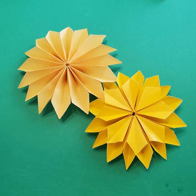 折り紙のダリア 16枚で立体的な折り方③完成(24)