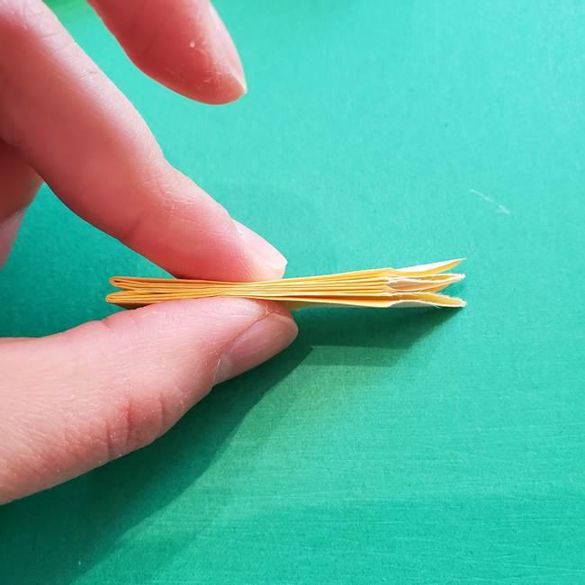 折り紙のダリア 16枚で立体的な折り方③完成(8)