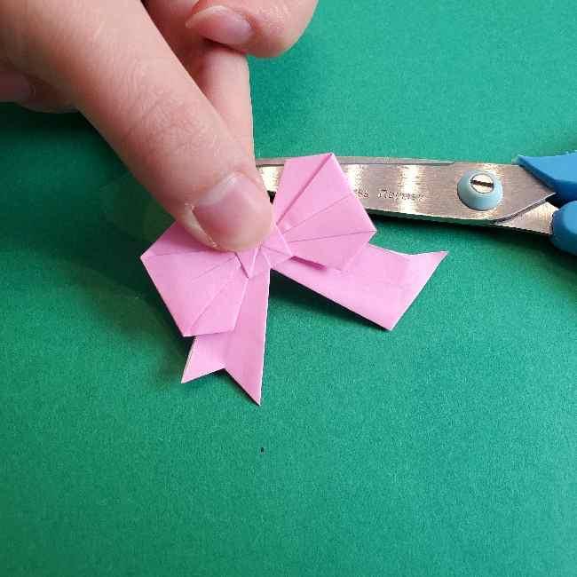 折り紙のチャーミーキティ*折り方作り方リボン (29)