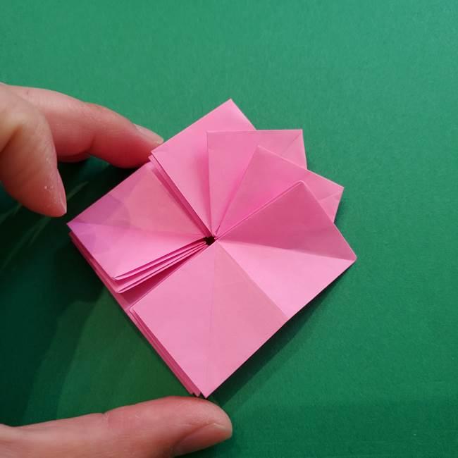 折り紙の花ダリア(12枚)の折り方作り方②折る(13)