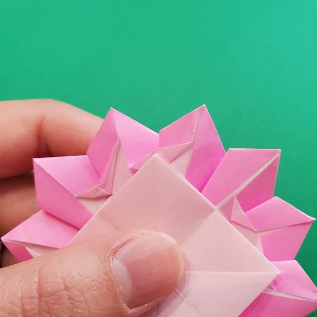 折り紙の花ダリア(12枚)の折り方作り方②折る(19)