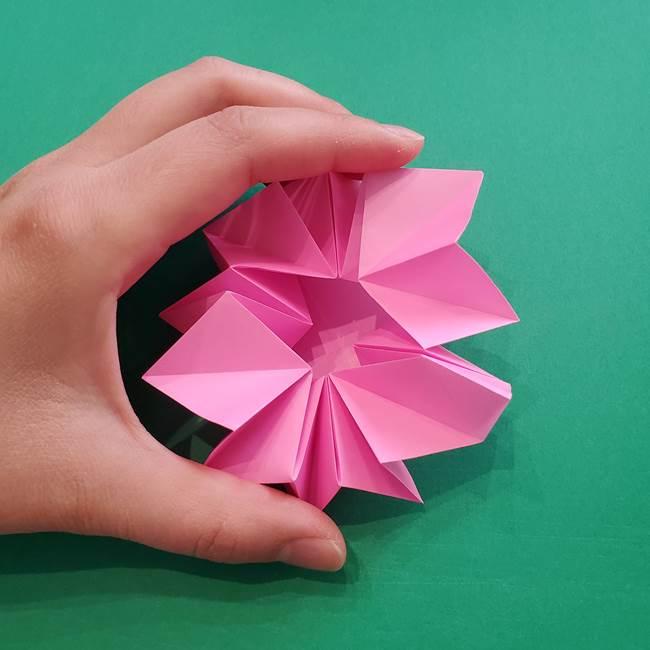 折り紙の花ダリア(12枚)の折り方作り方②折る(4)