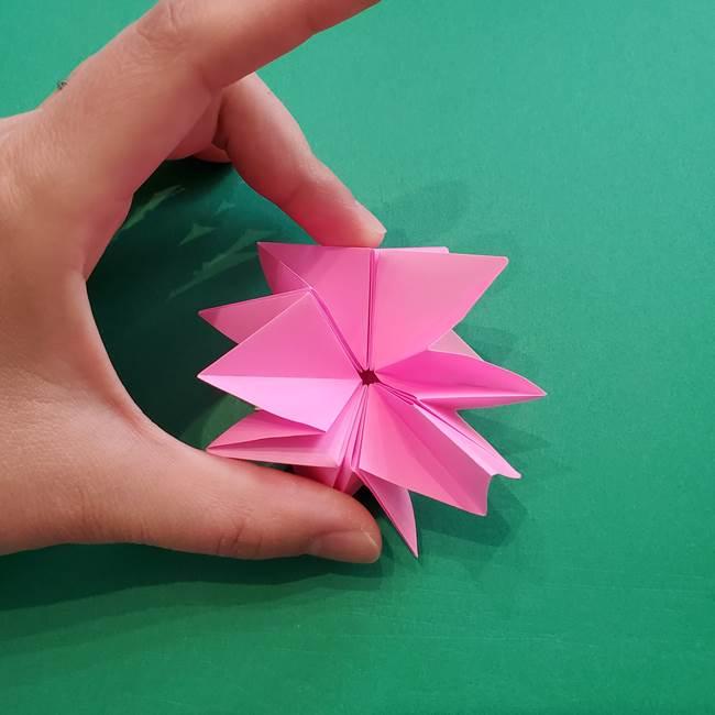折り紙の花ダリア(12枚)の折り方作り方②折る(5)