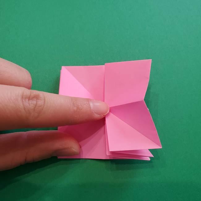 折り紙の花ダリア(12枚)の折り方作り方②折る(8)