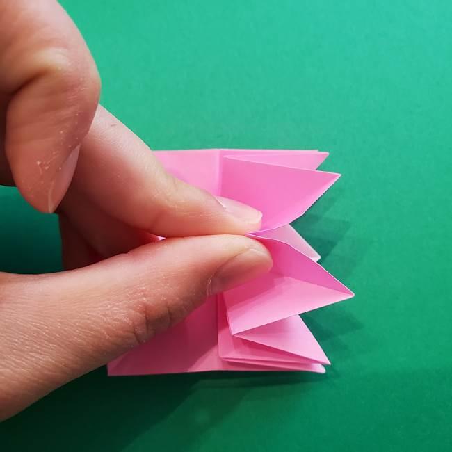 折り紙の花ダリア(12枚)の折り方作り方②折る(9)