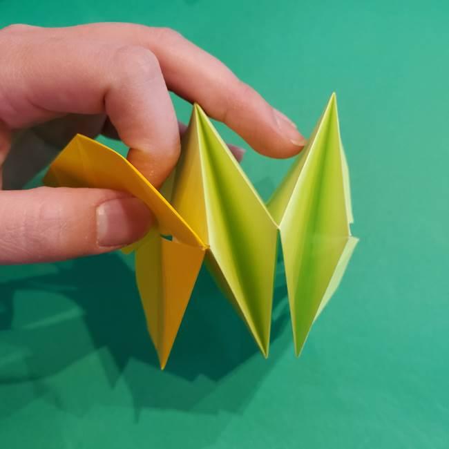 折り紙の花火 12枚でつくる意外と簡単な作り方折り方②組み立て(8)