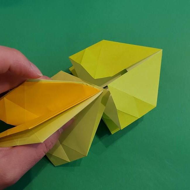 折り紙の花火 12枚でつくる意外と簡単な作り方折り方②組み立て(9)