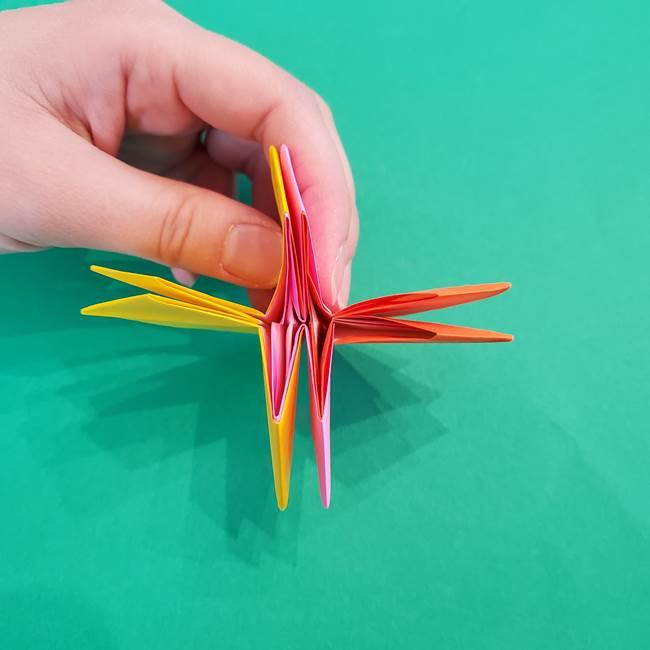 折り紙の花火 8枚でつくる簡単な折り方作り方②組み立て(12)