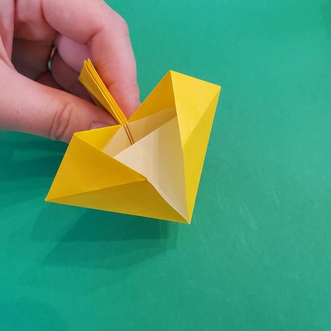 折り紙の花火 8枚でつくる簡単な折り方作り方②組み立て(3)