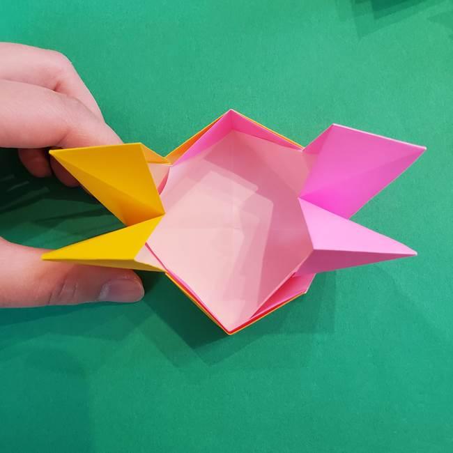 折り紙の花火 8枚でつくる簡単な折り方作り方②組み立て(6)