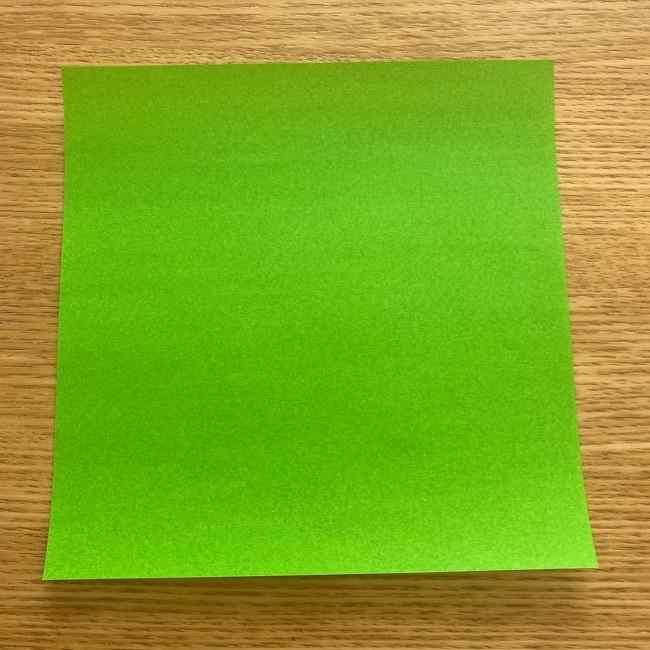 折り紙 パイナップルの簡単な作り方(葉の折り方) (1)