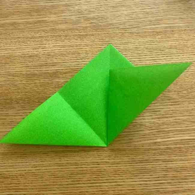 折り紙 パイナップルの簡単な作り方(葉の折り方) (8)