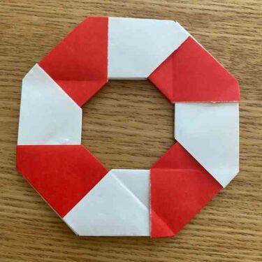 浮き輪の折り紙 簡単な折り方作り方☆夏の親子遊びに最適♪