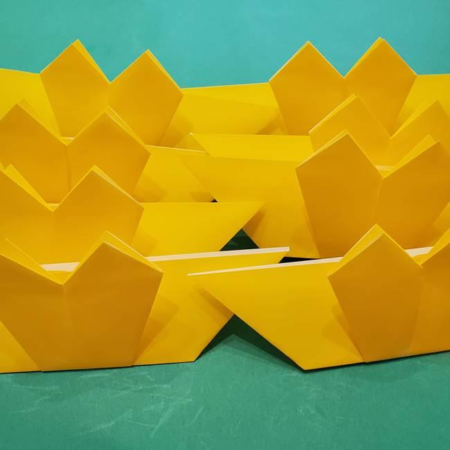 ひまわりの折り紙(8枚の花びら)の折り方作り方①花(23)
