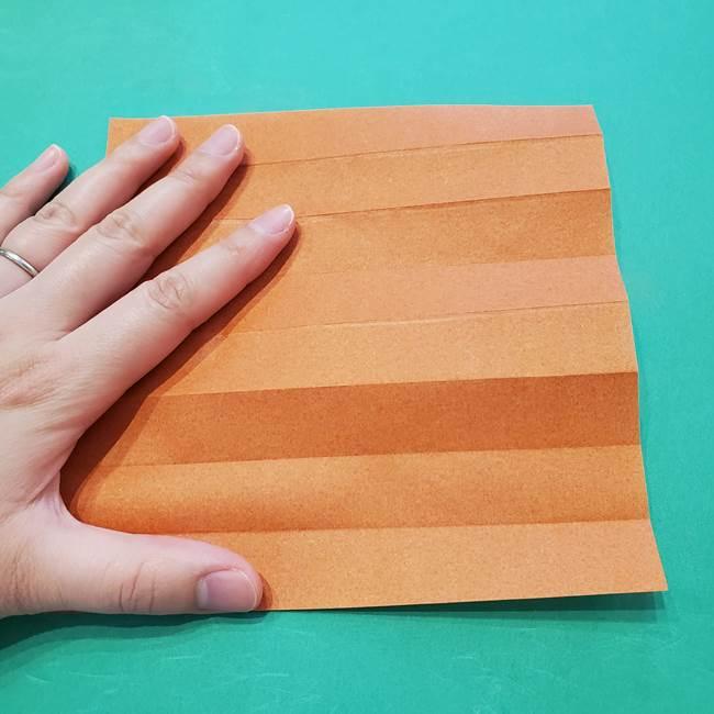 ひまわりの折り紙(8枚の花びら)の折り方作り方②中心(5)