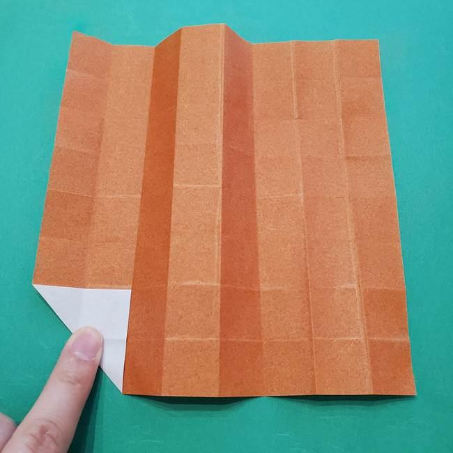 ひまわりの折り紙(8枚の花びら)の折り方作り方②中心(9)