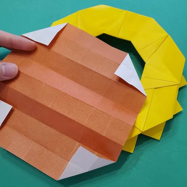 ひまわりの折り紙(8枚の花びら)の折り方作り方③組み合わせ(12)