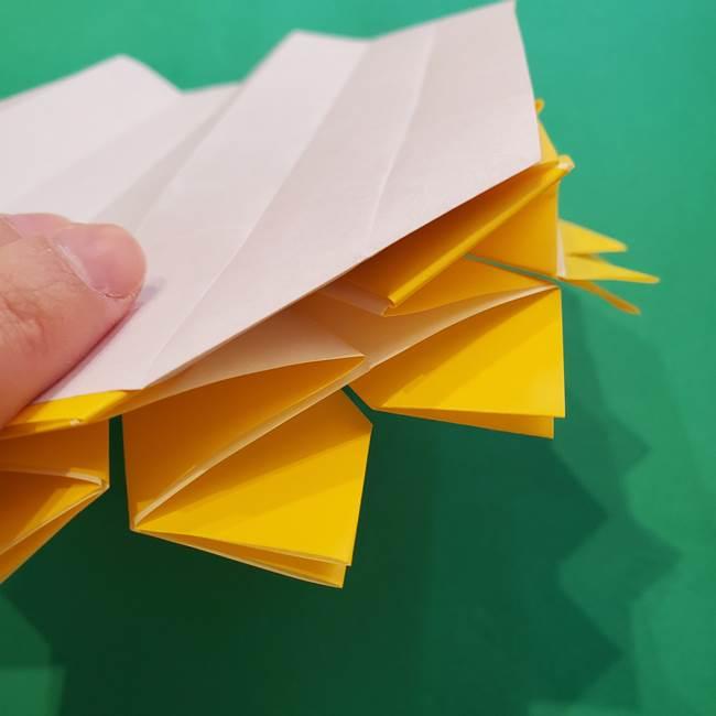 ひまわりの折り紙(8枚の花びら)の折り方作り方③組み合わせ(14)