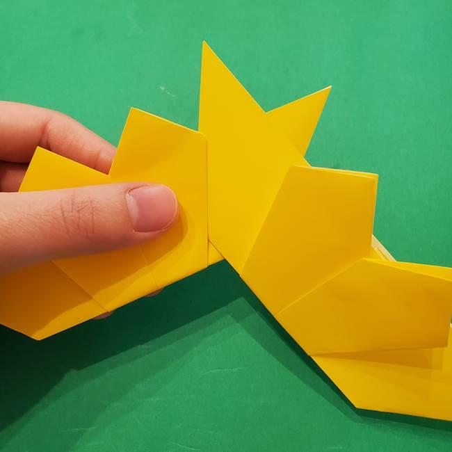 ひまわりの折り紙(8枚の花びら)の折り方作り方③組み合わせ(3)
