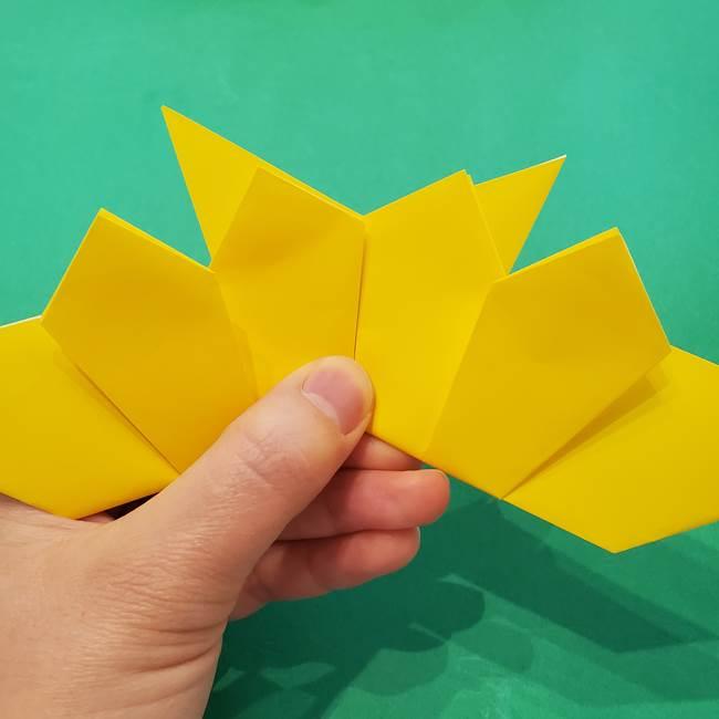 ひまわりの折り紙(8枚の花びら)の折り方作り方③組み合わせ(4)