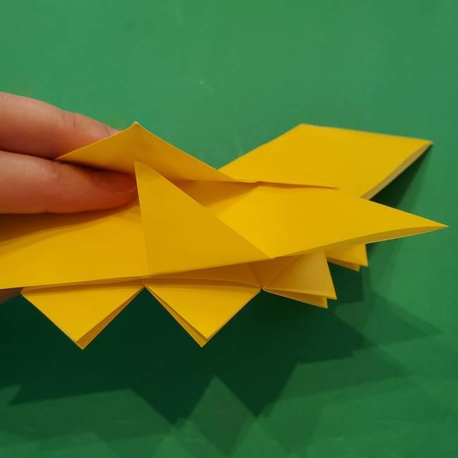 ひまわりの折り紙(8枚の花びら)の折り方作り方③組み合わせ(6)