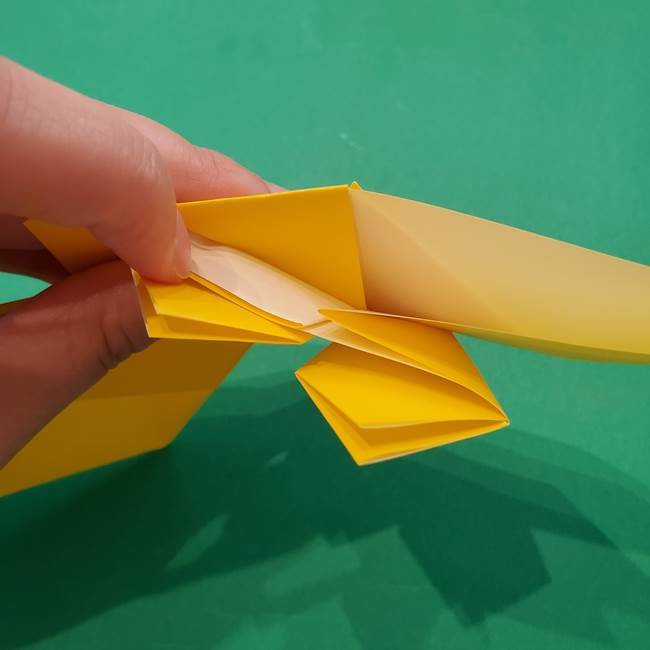 ひまわりの折り紙(8枚の花びら)の折り方作り方③組み合わせ(8)