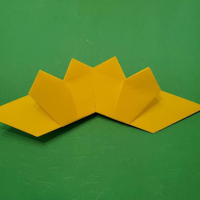 ひまわりの折り紙(8枚の花びら)の折り方作り方③組み合わせ(9)