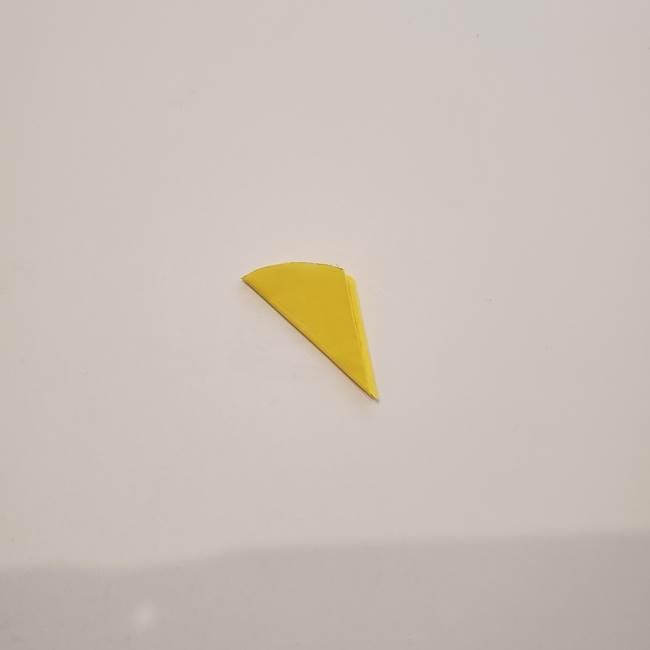 折り紙のひまわり メダルとコースターの折り方作り方①花びら(7)