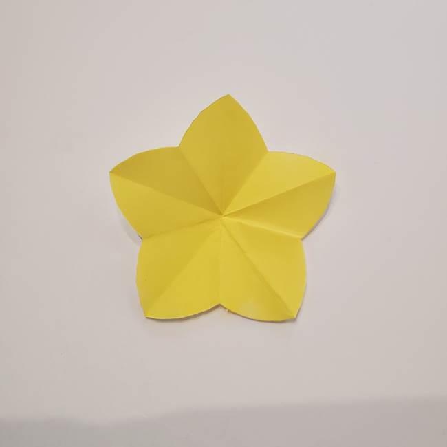 折り紙のひまわり メダルとコースターの折り方作り方①花びら(8)