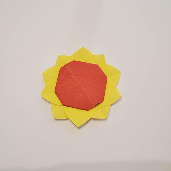 折り紙のひまわり メダルとコースターの折り方作り方②中心(9)