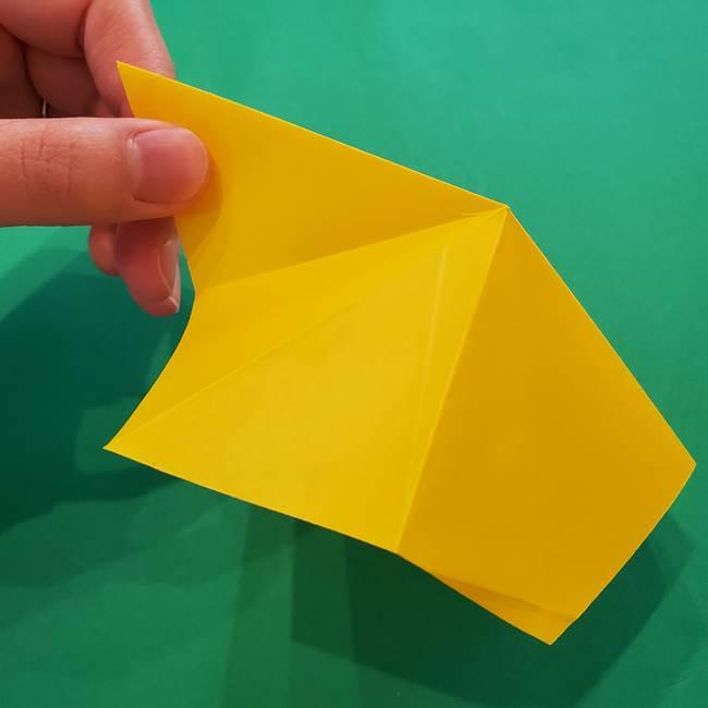 折り紙の星を1枚でつくる難しい作り方折り方②折る(1)