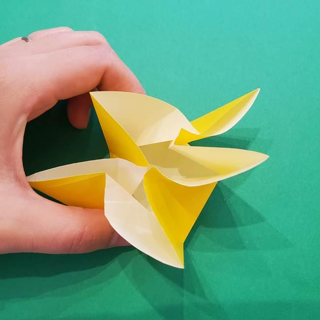 折り紙の星を1枚でつくる難しい作り方折り方②折る(17)