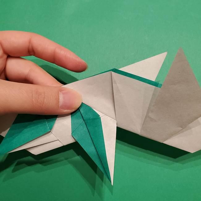 折り紙 笹の葉リースの作り方③組み合わせて完成(10)