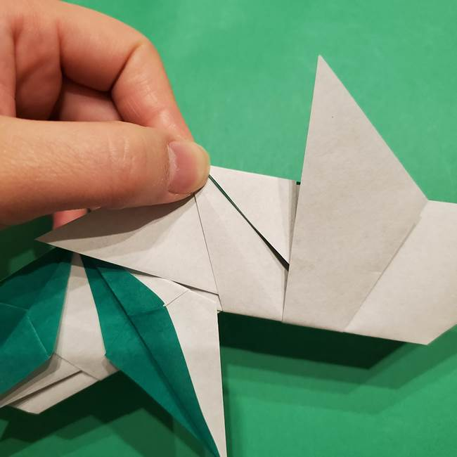 折り紙 笹の葉リースの作り方③組み合わせて完成(11)