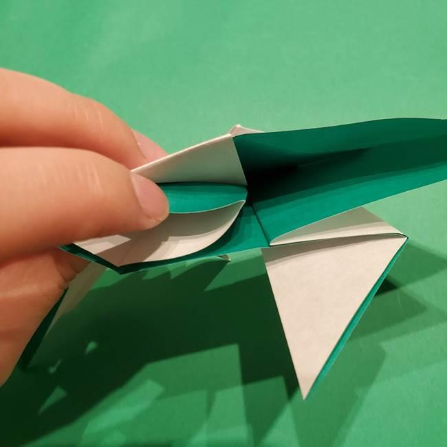 折り紙 笹の葉リースの作り方③組み合わせて完成(12)
