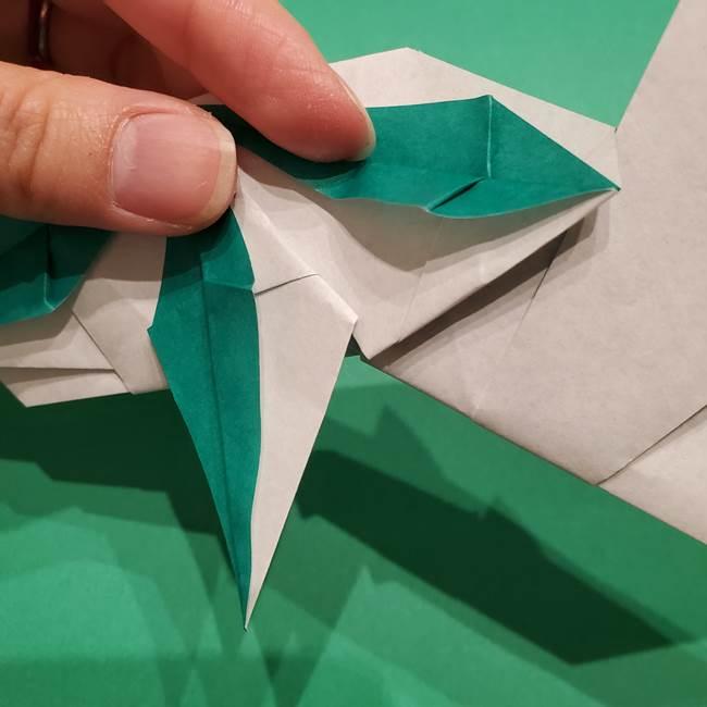 折り紙 笹の葉リースの作り方③組み合わせて完成(17)