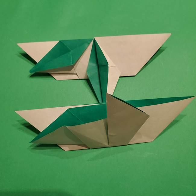 折り紙 笹の葉リースの作り方③組み合わせて完成(2)