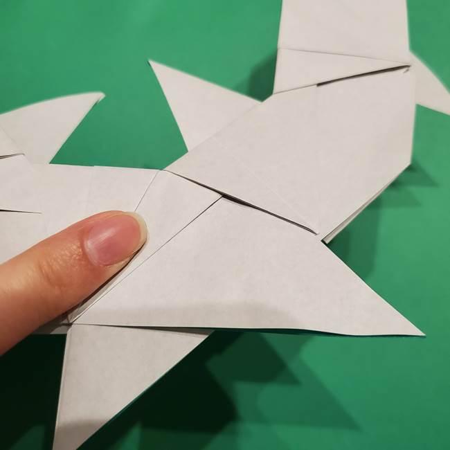 折り紙 笹の葉リースの作り方③組み合わせて完成(22)