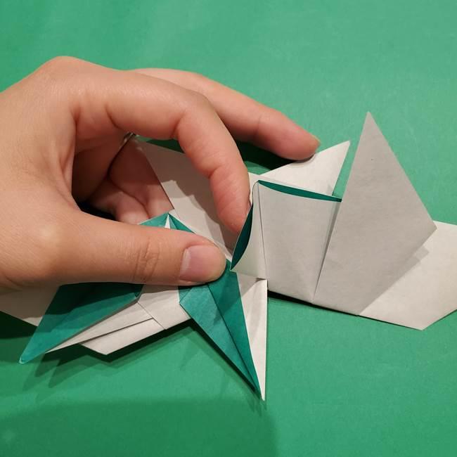 折り紙 笹の葉リースの作り方③組み合わせて完成(4)