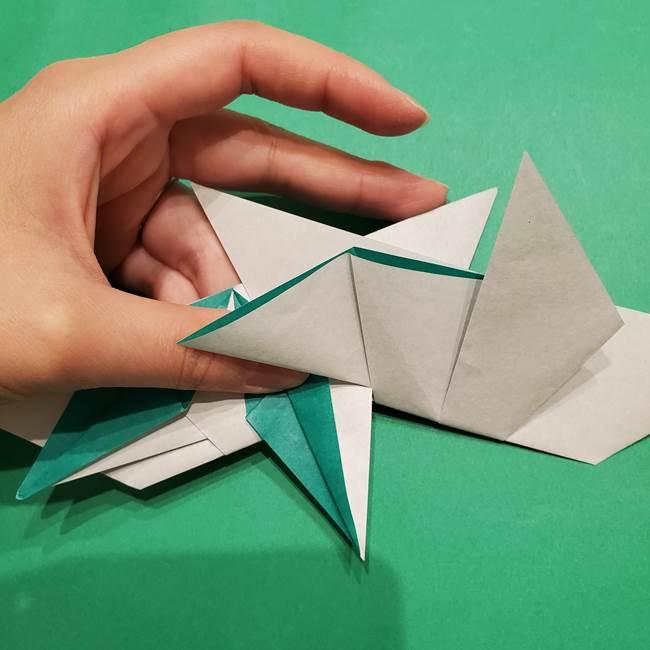 折り紙 笹の葉リースの作り方③組み合わせて完成(5)