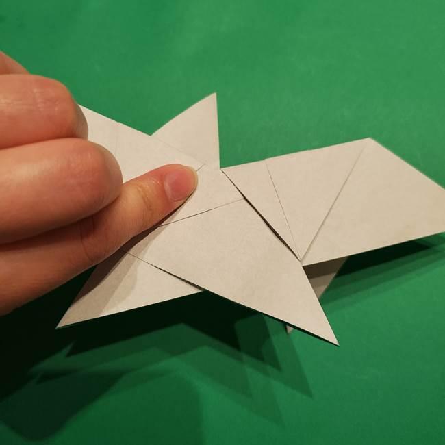 折り紙 笹の葉リースの作り方③組み合わせて完成(6)