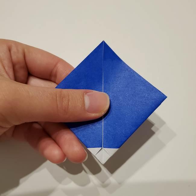 桔梗の花を折り紙一枚で立体的につくる折り方(16)