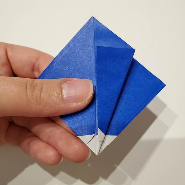 桔梗の花を折り紙一枚で立体的につくる折り方(17)