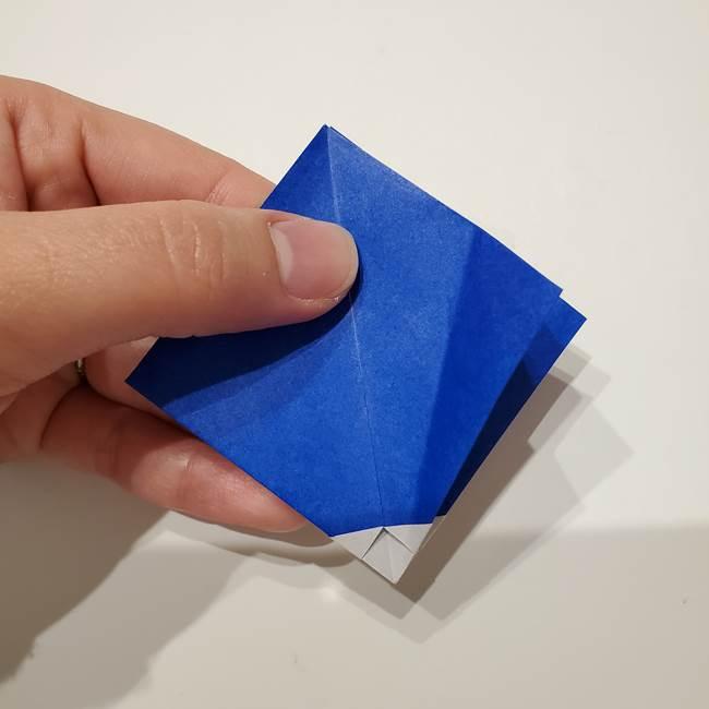 桔梗の花を折り紙一枚で立体的につくる折り方(18)