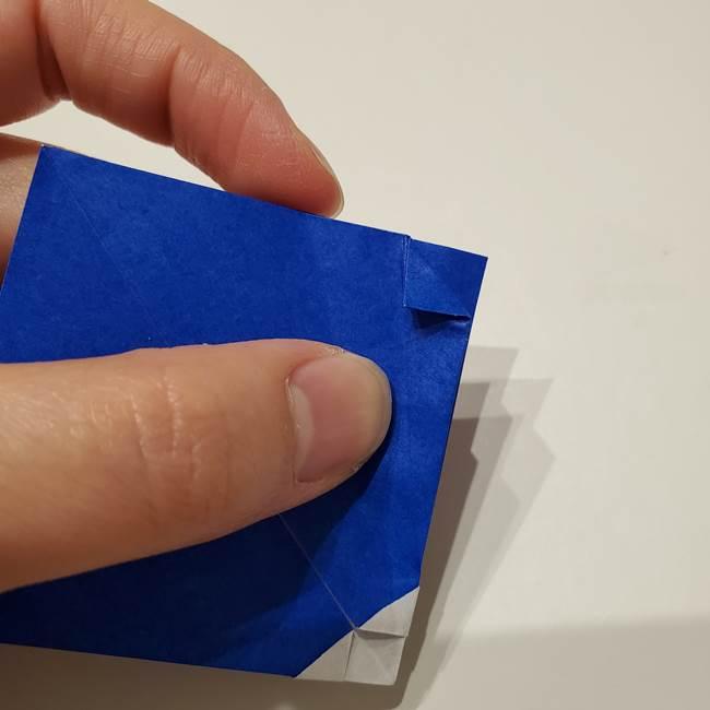 桔梗の花を折り紙一枚で立体的につくる折り方(21)
