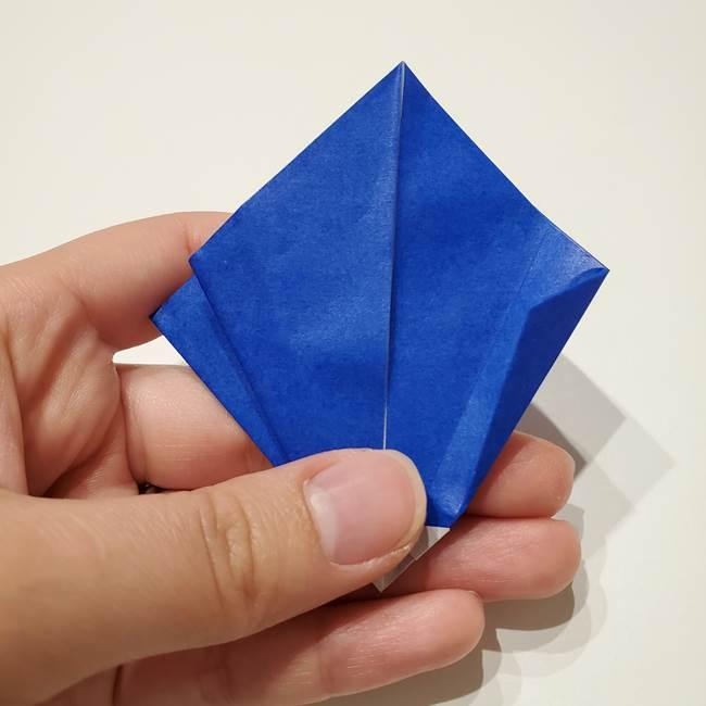 桔梗の花を折り紙一枚で立体的につくる折り方(24)