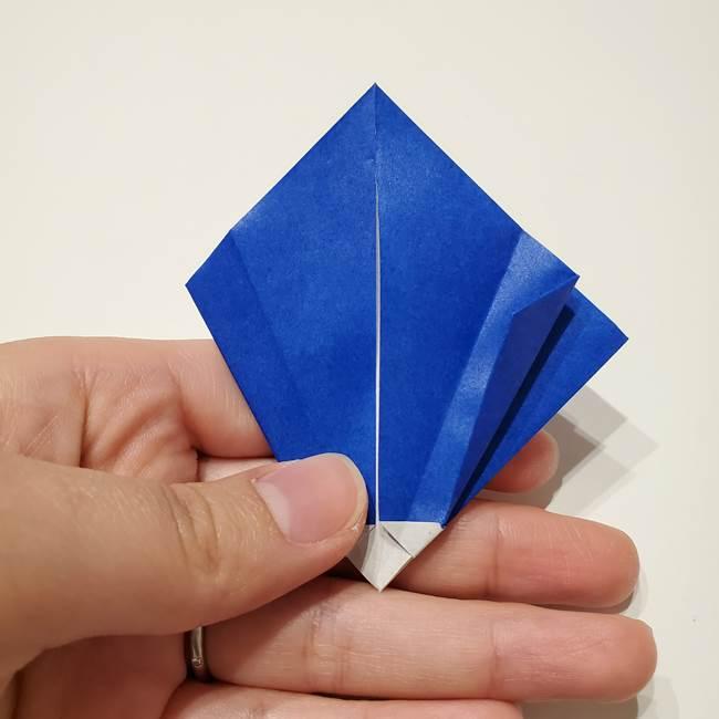 桔梗の花を折り紙一枚で立体的につくる折り方(26)